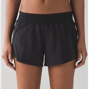 "Lululemon tracker short IV 4"" Black"